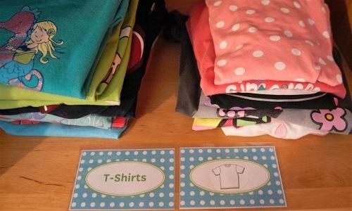 Kinderzimmer_Ordnung_Kleiderschrank