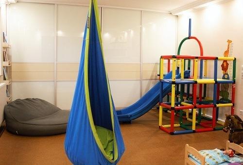 befreie dich jetzt vom chaos im kinderzimmer und schaffe. Black Bedroom Furniture Sets. Home Design Ideas