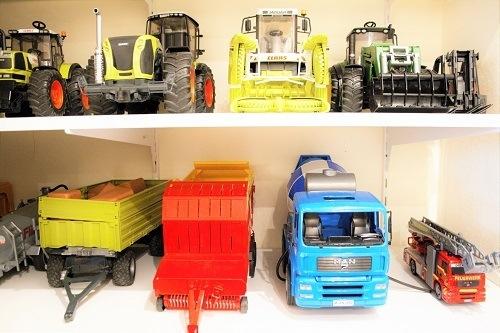 Ordnung_Kinderzimmer_Fahrzeuge